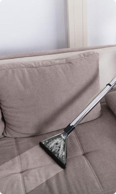 limpeza-de-sofas-e-estofados
